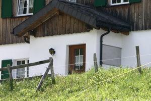 Türe von Hütte